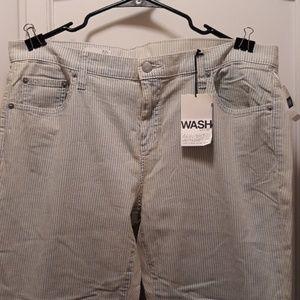 NWT gap 1969 bleached railroad jeans